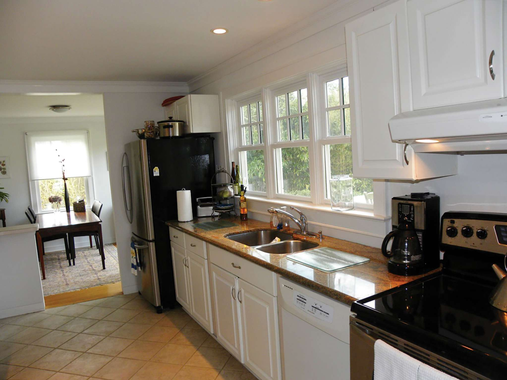 Additional photo for property listing at Cozy Cape - Southampton Village  Southampton, Nueva York