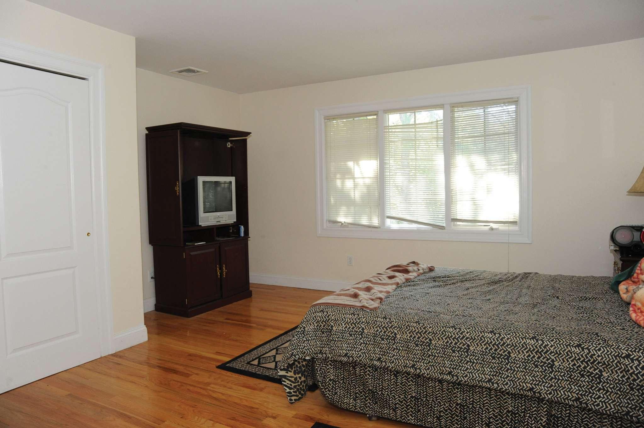 Additional photo for property listing at Shinnecock Hills Post Modern  Southampton, New York