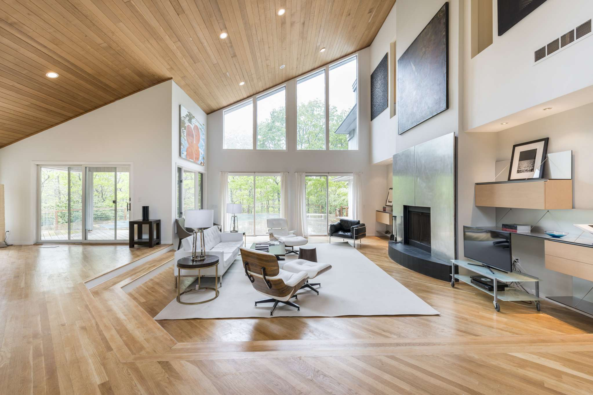 Additional photo for property listing at Modern Luxury In Water Mill On 4 Acres With Tennis  Water Mill, Nueva York