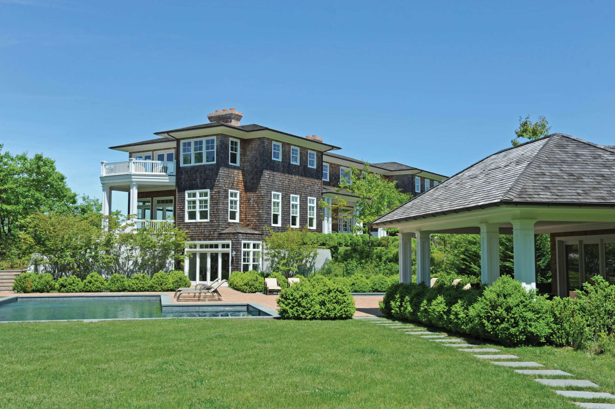 Additional photo for property listing at Luxury Hideaway On Five Acres  Water Mill, New York