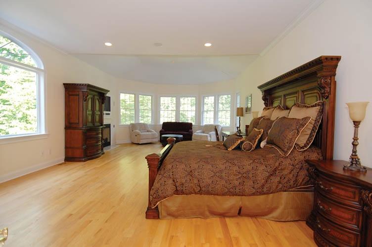 Additional photo for property listing at Custom Bell Estate Rental  Amagansett, New York