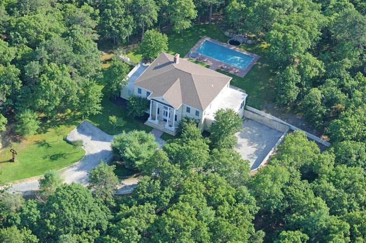 Casa Unifamiliar por un Alquiler en Luxury On 5 Acres 512 Route 114, Wainscott, Nueva York