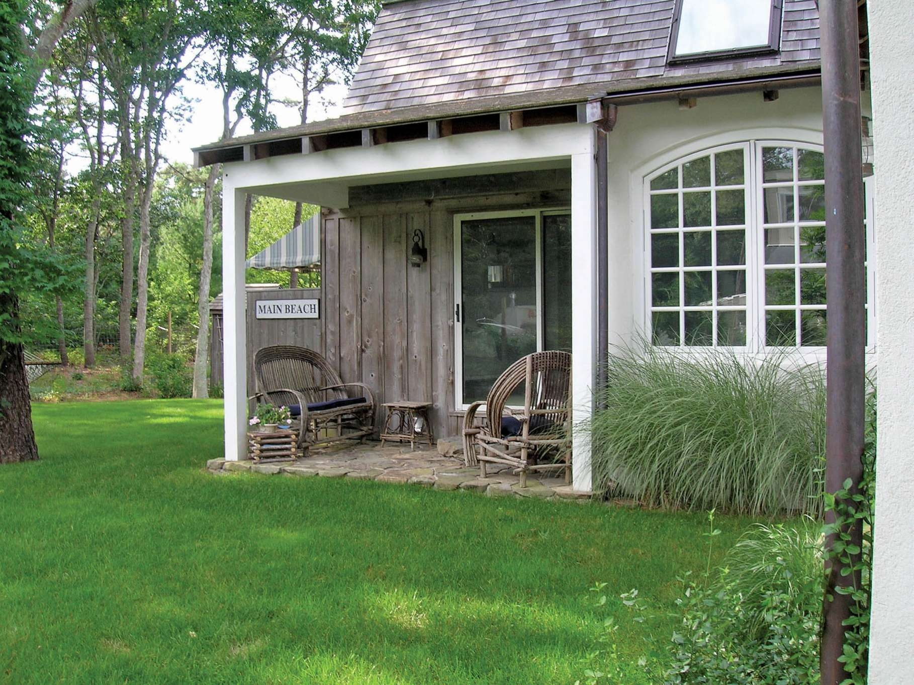 Additional photo for property listing at Wainscott Barn Rental  Wainscott, Nueva York