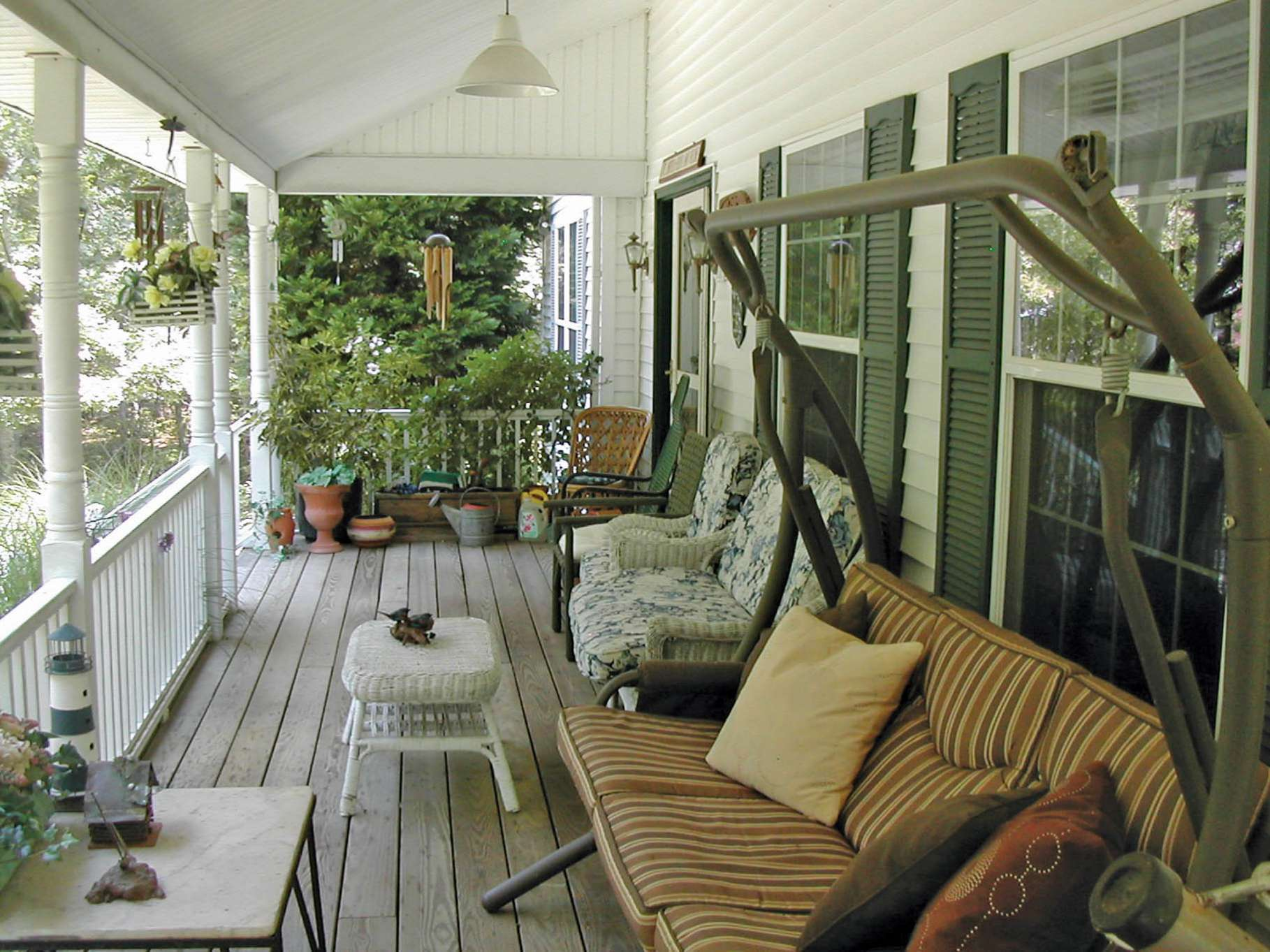 Additional photo for property listing at Sag Harbor Traditional  Sag Harbor, Nueva York