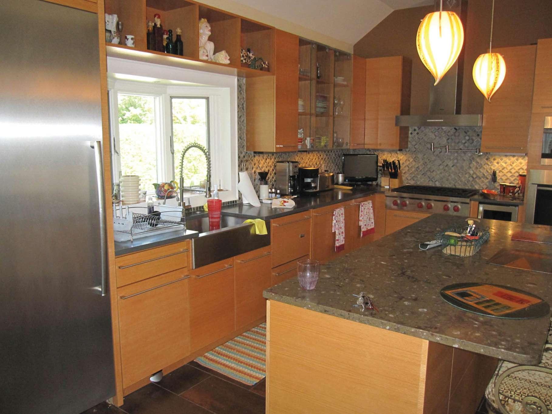 Additional photo for property listing at Stunning Mediterranean Style Villa  南安普敦, 纽约州