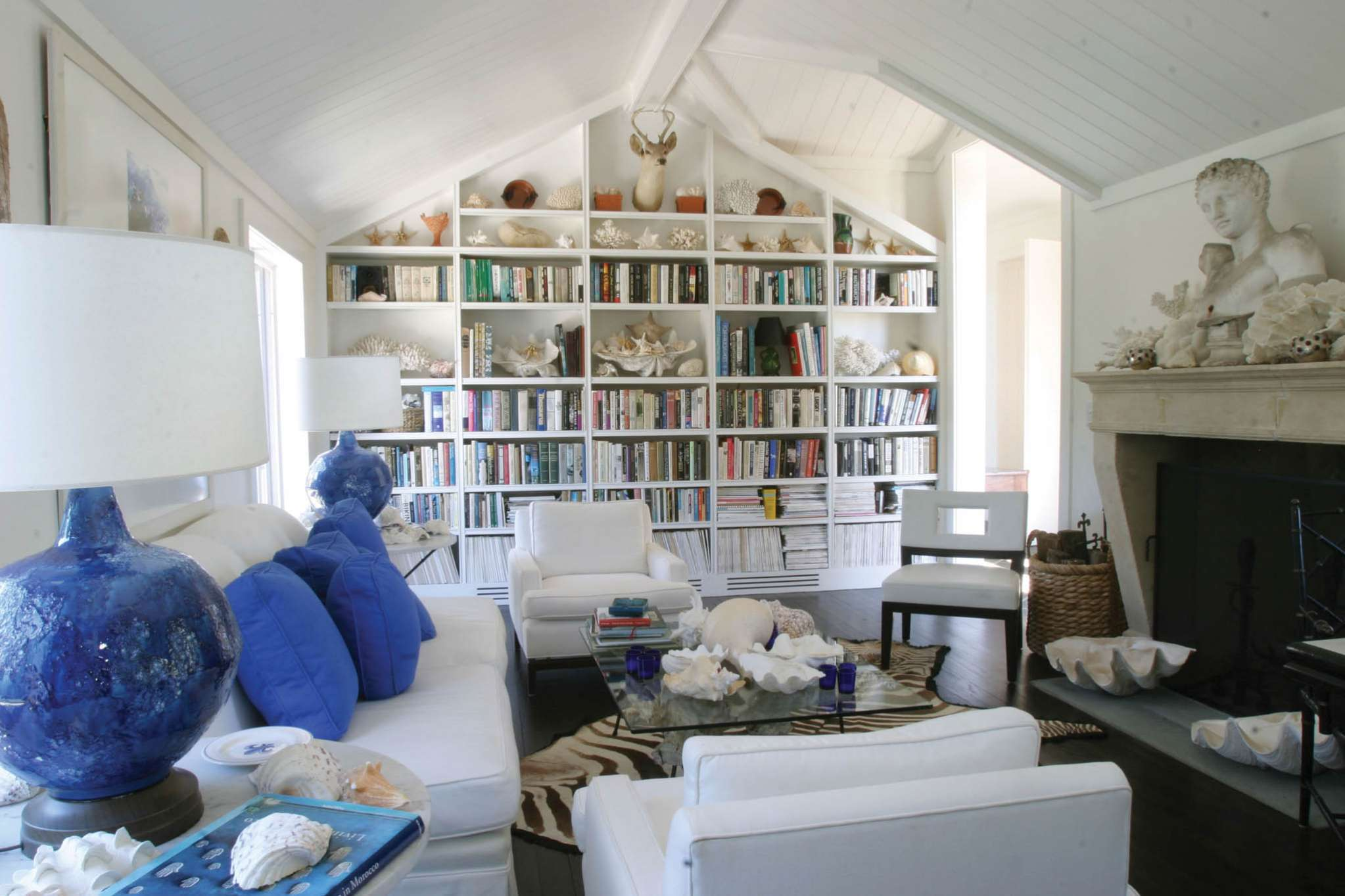 Additional photo for property listing at Village Waterfront Jewel  Sag Harbor, New York