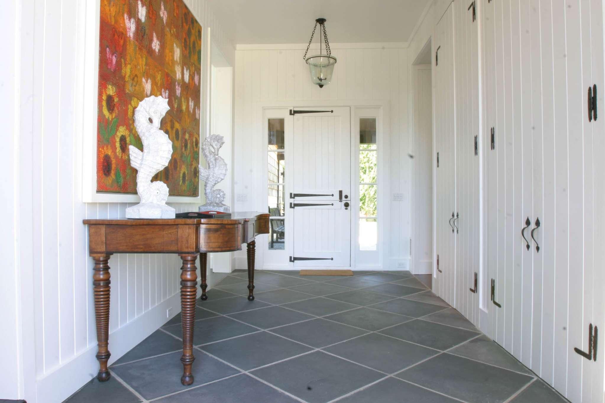Additional photo for property listing at Village Waterfront Jewel  Sag Harbor, Nueva York
