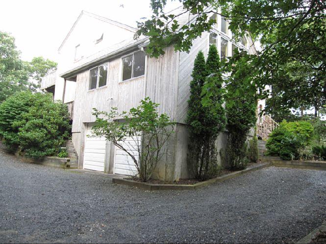 Casa Unifamiliar por un Alquiler en Lovely Post Modern Sag Harbor, Nueva York