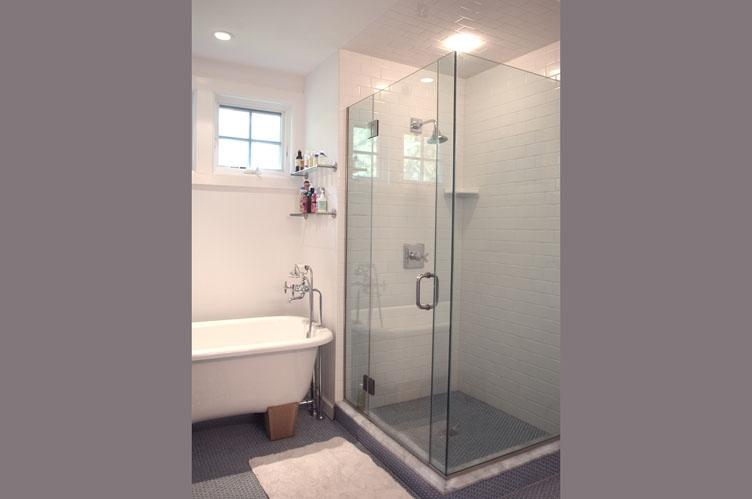 Additional photo for property listing at Village Charmer  East Hampton, Nueva York