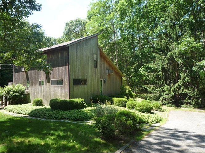 Casa Unifamiliar por un Alquiler en Summer Or Year Round Rental Southampton, Nueva York