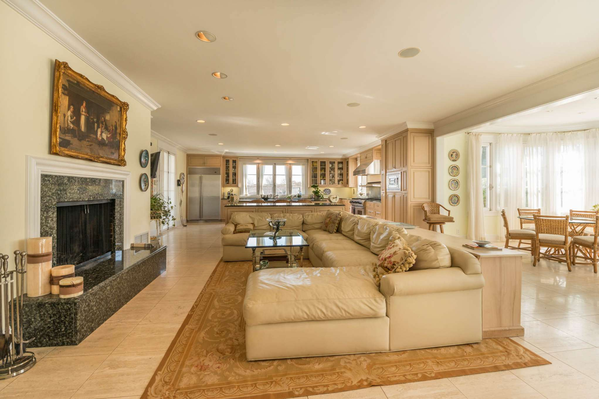 Additional photo for property listing at Water Mill South Estate With Tennis And Ocean Access  Water Mill, Nueva York