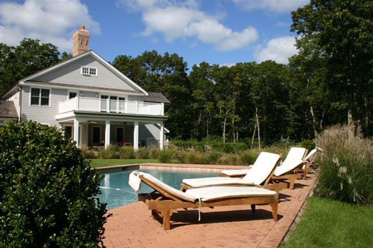 Additional photo for property listing at Modern Meets Tradition  Southampton, New York