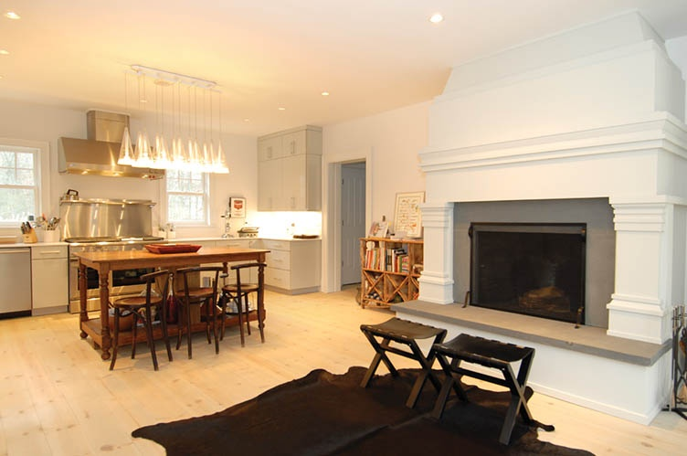 Additional photo for property listing at Modern Meets Tradition  Southampton, Nueva York