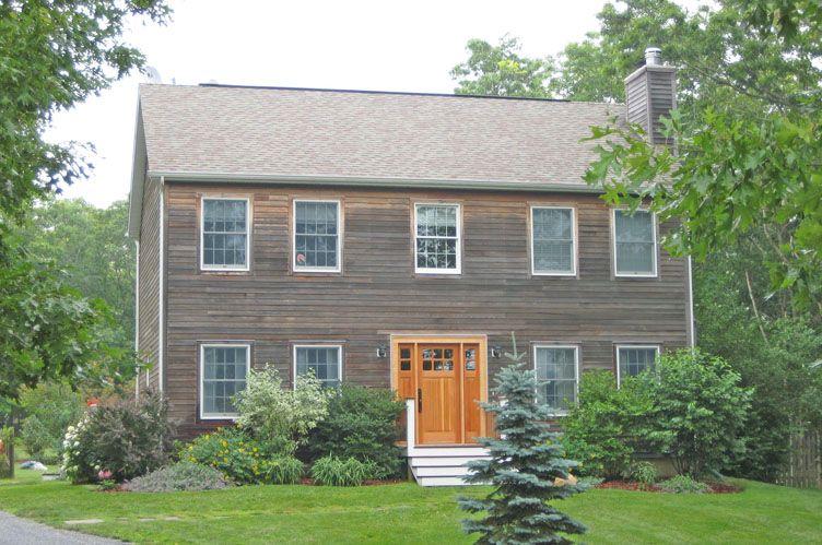 Casa Unifamiliar por un Alquiler en Crisp Traditional Home Water Mill, Nueva York