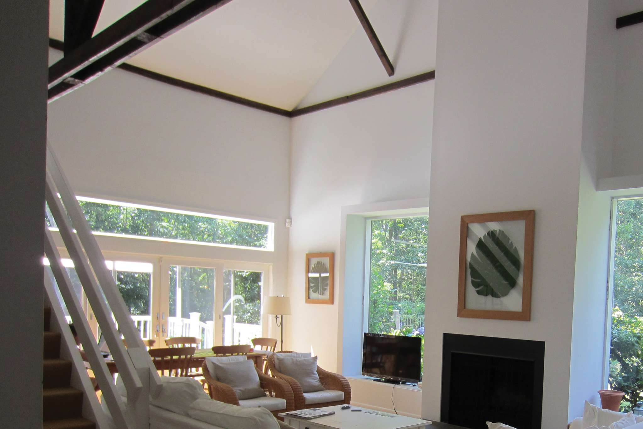 Additional photo for property listing at Charming Farmhouse  Water Mill, New York