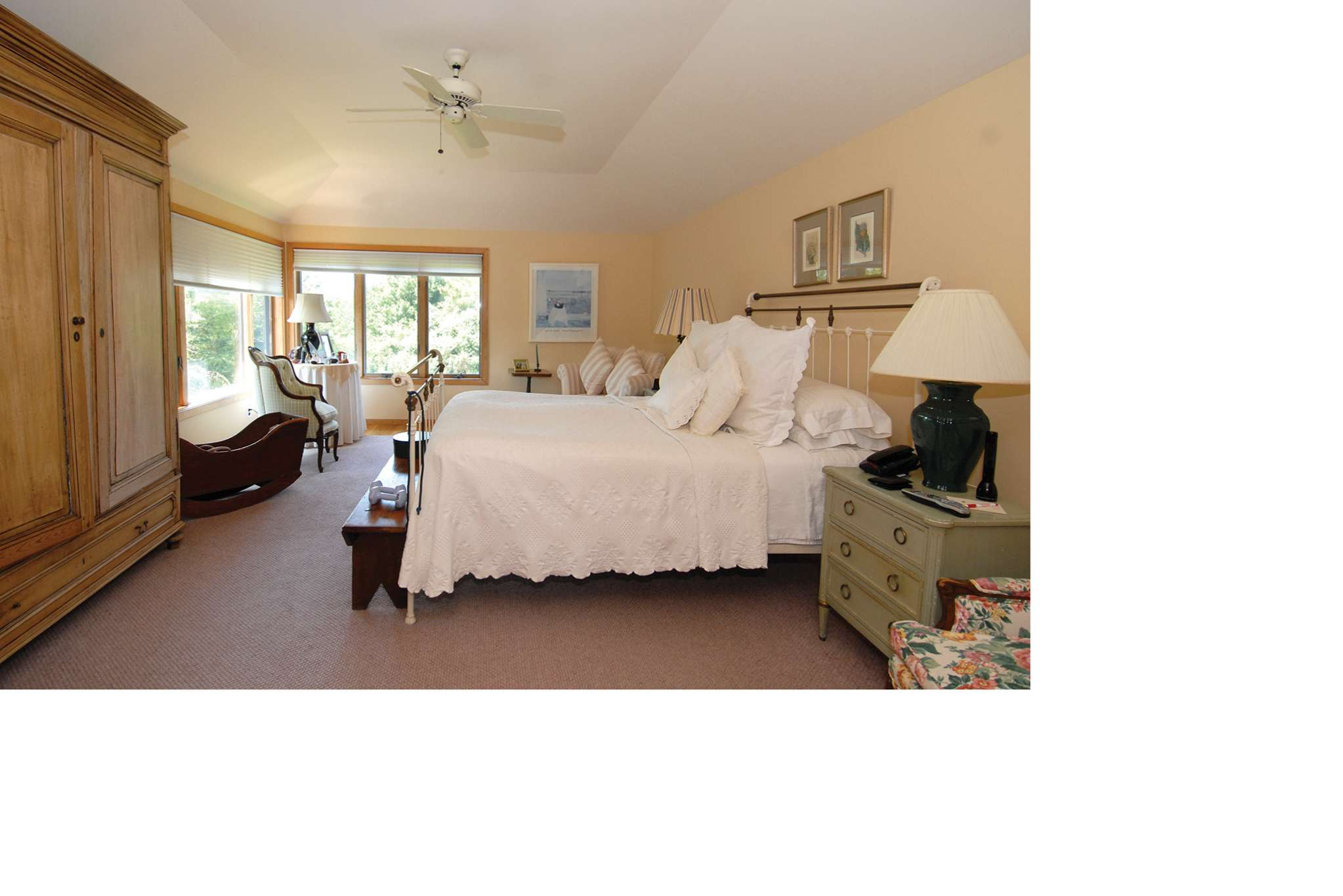Additional photo for property listing at South Of The Highway Contemporary  Water Mill, Nueva York