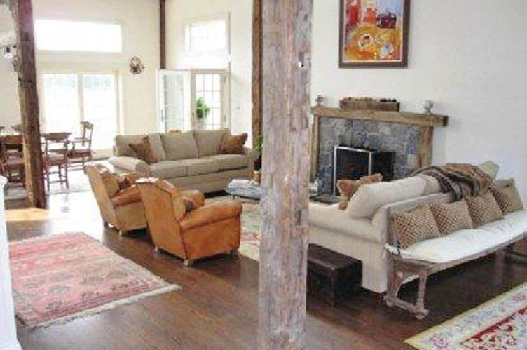 Additional photo for property listing at South Of The Highway Post Modern Bay View  Water Mill, New York