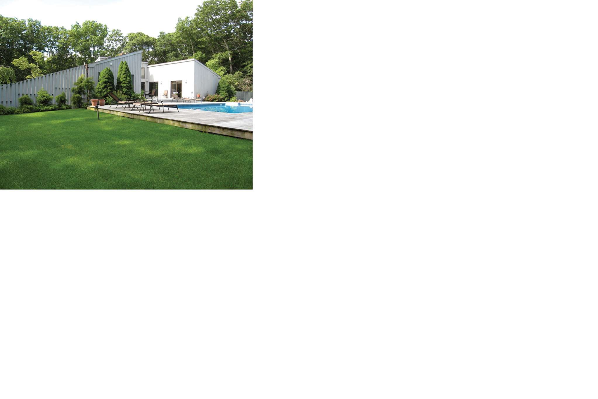 Additional photo for property listing at Deerfield Road Rental  Sag Harbor, New York