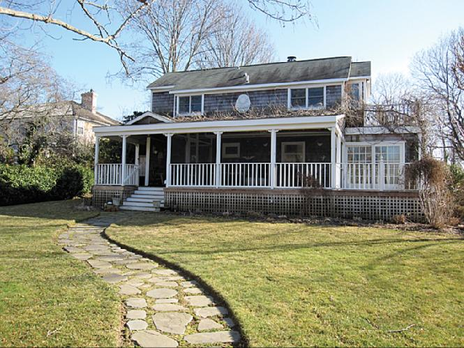 Additional photo for property listing at South Of The Highway Traditional  Bridgehampton, Nueva York