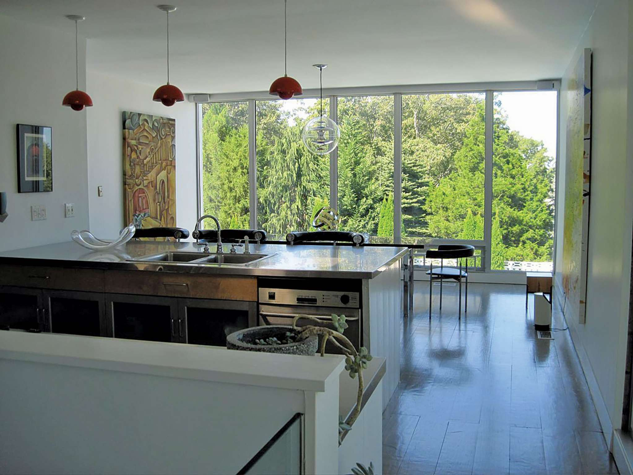 Additional photo for property listing at Midcentury Modern In The Village  萨格港, 纽约州