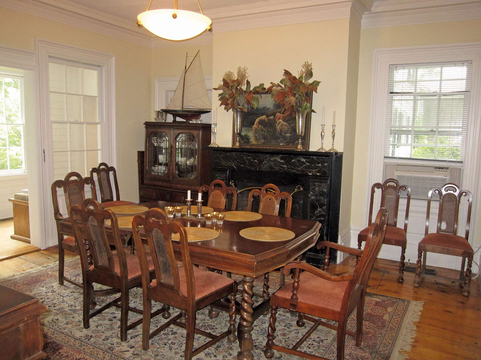 Additional photo for property listing at Sag Harbor Historic  Sag Harbor, New York