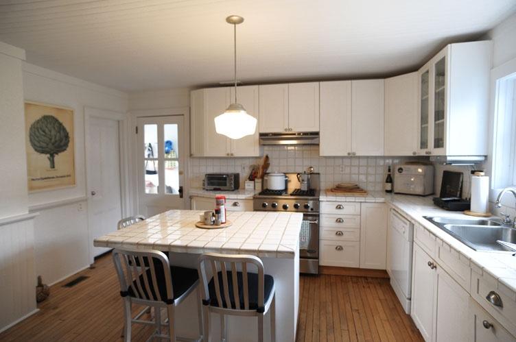 Additional photo for property listing at Sag Harbor Rental  Sag Harbor, New York