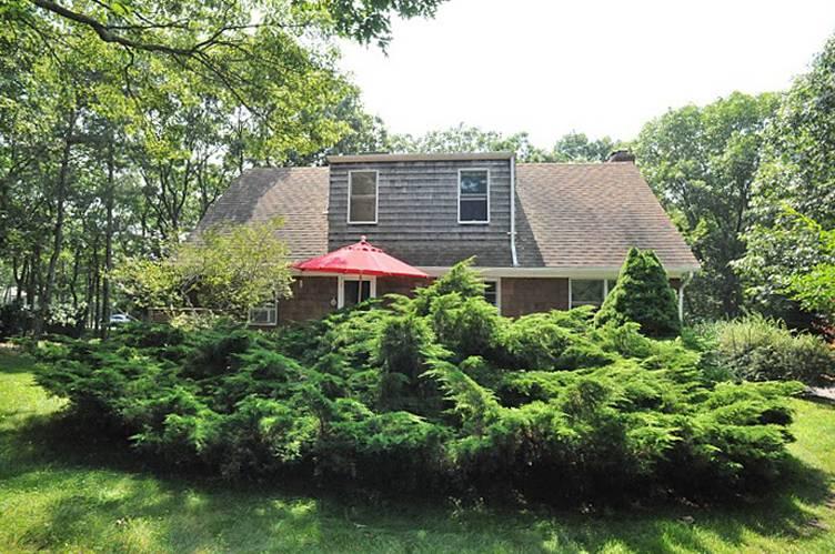 Casa Unifamiliar por un Alquiler en Cozy Cape Sagaponack, Nueva York