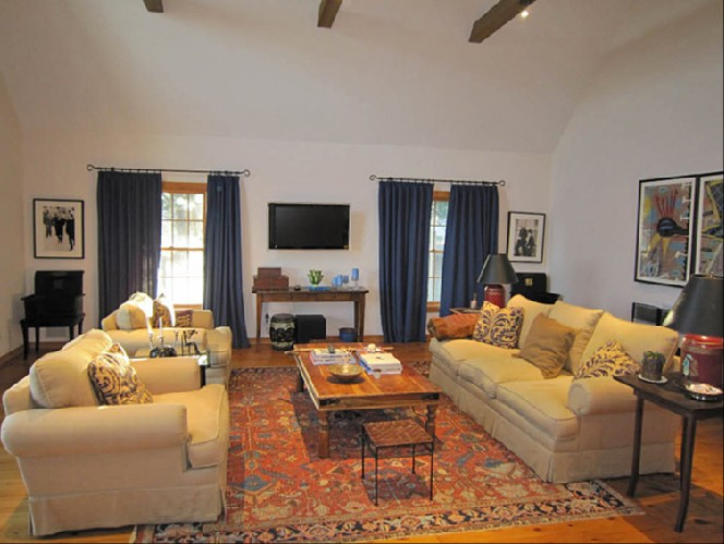 Additional photo for property listing at Bridgehampton Horse Country  Bridgehampton, New York