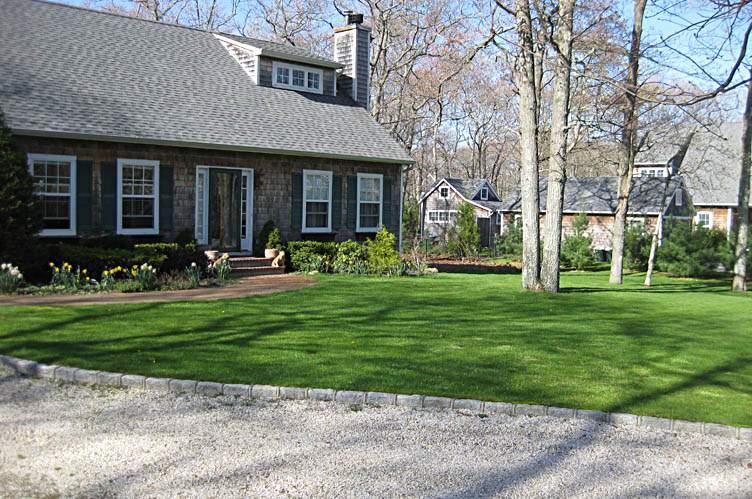Additional photo for property listing at Cozy Bridgehampton Cape For Winter Rental  汉普顿, 纽约州