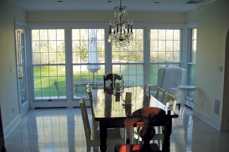 Additional photo for property listing at Classic Style  Southampton, New York