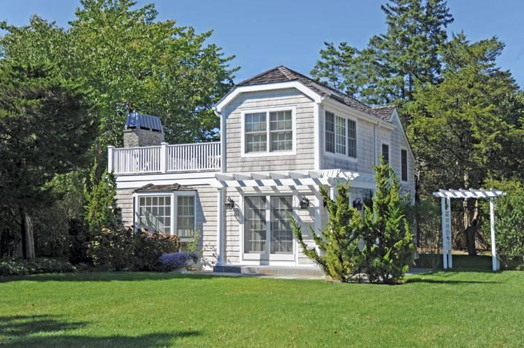 Single Family Home for Rent at Amagansett Beach Cottage Amagansett, New York
