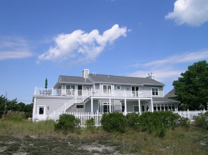 Additional photo for property listing at Post Modern Amagansett  Amagansett, New York