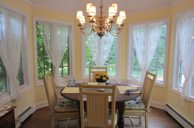 Additional photo for property listing at Hampton House And Gardens Retreat-(Shinnecock Open)  Southampton, Nueva York