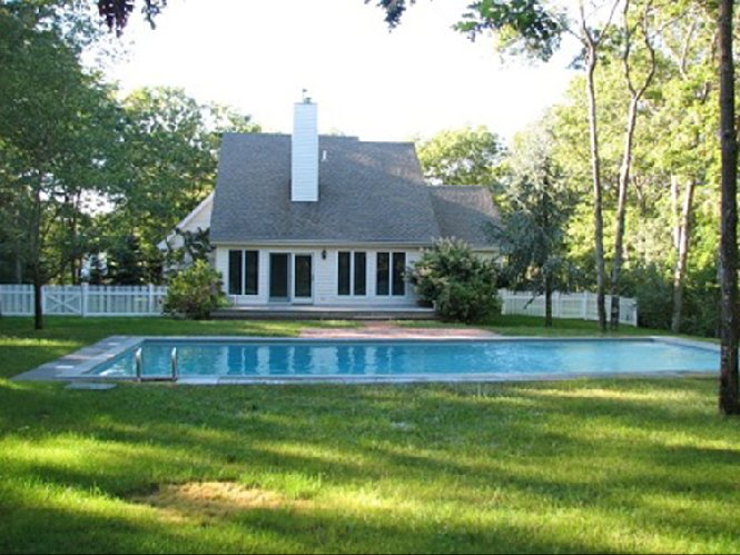 Additional photo for property listing at Close To All  Southampton, New York