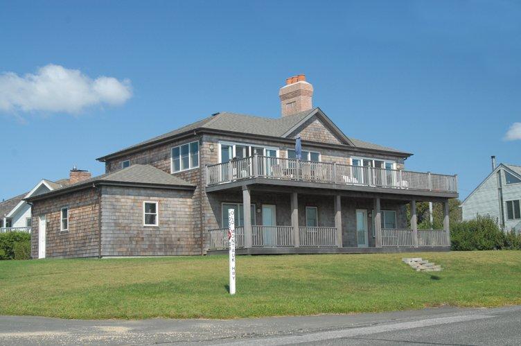Casa Unifamiliar por un Alquiler en Custom Post Modern Oceanview Montauk, Nueva York