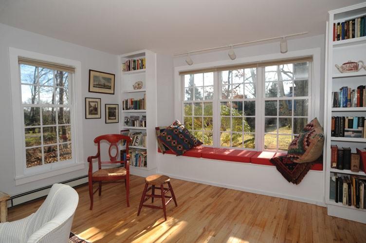 Additional photo for property listing at Bridgehampton Cottage Convenient To Village  汉普顿, 纽约州