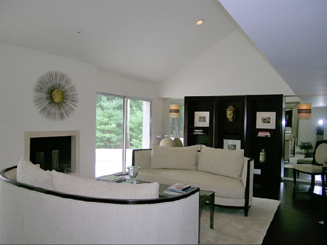 Additional photo for property listing at Contemporary Beauty  East Hampton, Nueva York