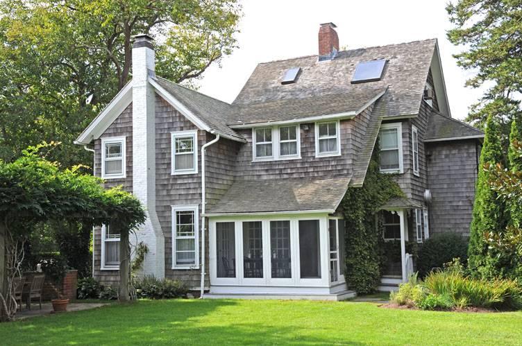 Casa Unifamiliar por un Alquiler en Bridgehampton Village Rental Bridgehampton, Nueva York
