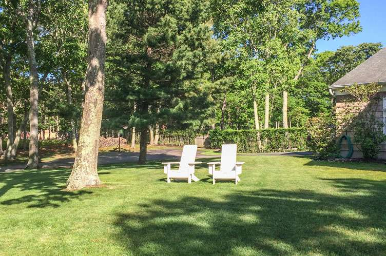 Additional photo for property listing at Quiet Summer In The Hamptons  Sag Harbor, Nueva York