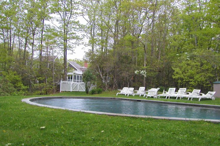 Additional photo for property listing at Sag Harbor Colonial  Sag Harbor, Nueva York