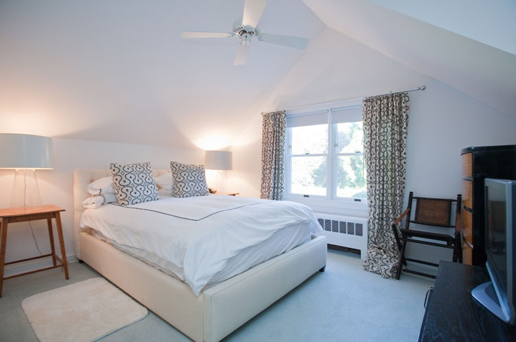 Additional photo for property listing at Southampton Village Retreat  Southampton, Nueva York