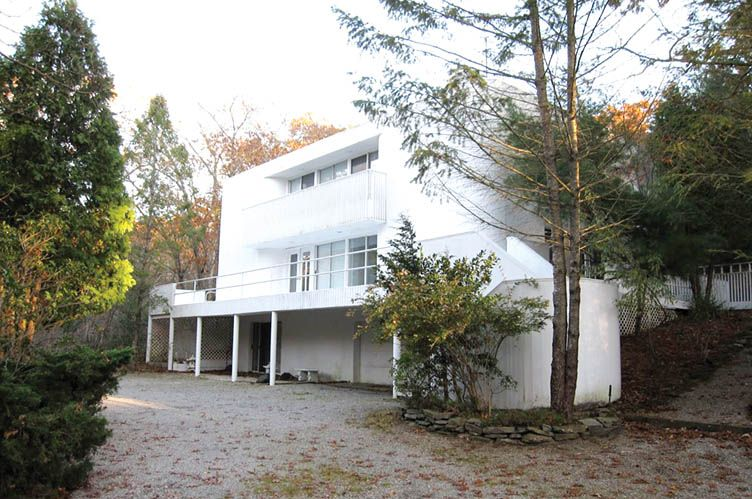 Additional photo for property listing at Southampton North Rental  Southampton, New York