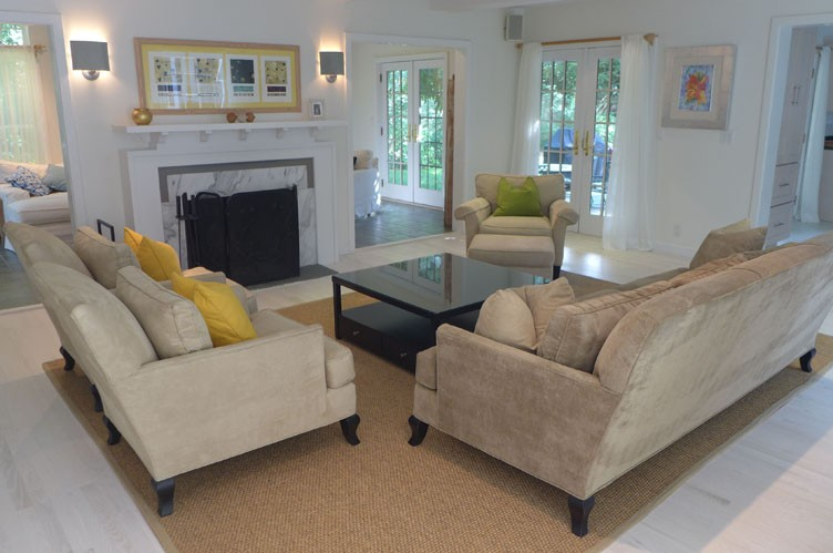 Additional photo for property listing at South Of The Highway And A Special Spot  East Hampton, Nueva York