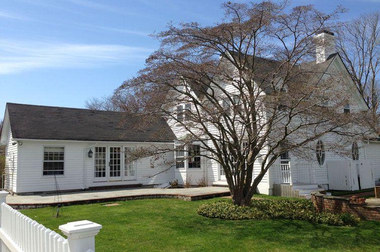Casa Unifamiliar por un Alquiler en Southampton Village Traditional Southampton, Nueva York