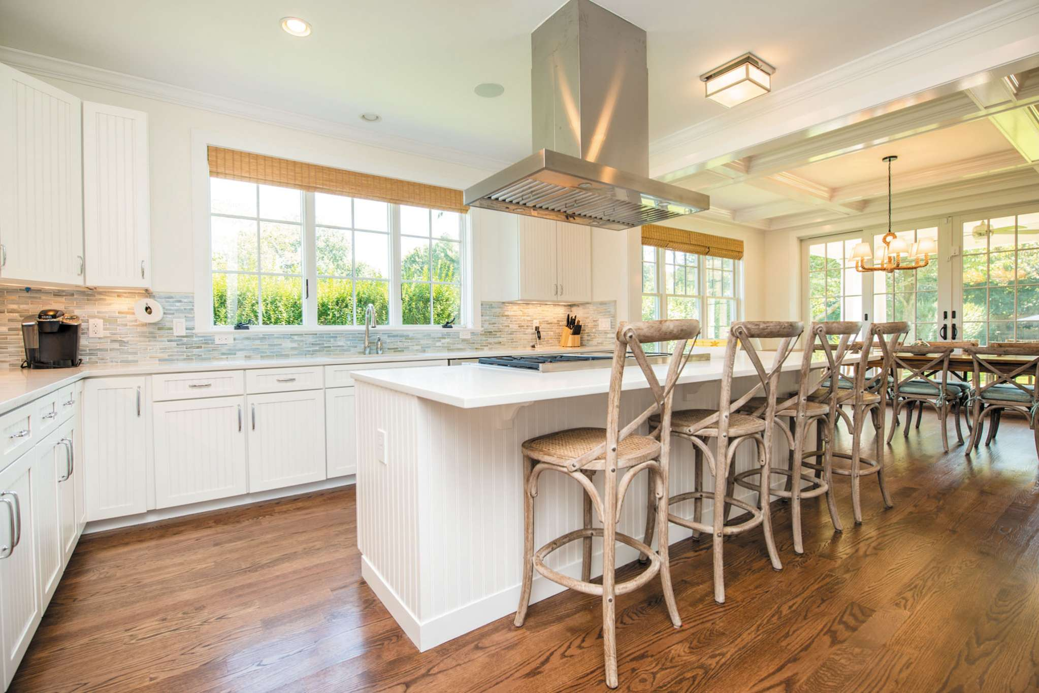 Additional photo for property listing at Southampton Village New Home  Southampton, Nueva York