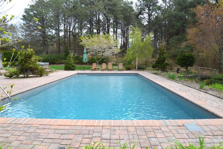 Additional photo for property listing at Seclusion In Shinnecock  Southampton, Nueva York