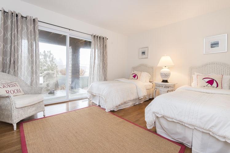 Additional photo for property listing at Bridgehampton Ocean Breezes  Bridgehampton, Nueva York