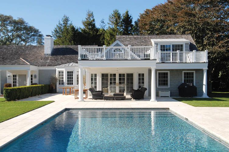 Additional photo for property listing at Ocean Breezes  East Hampton, Nueva York