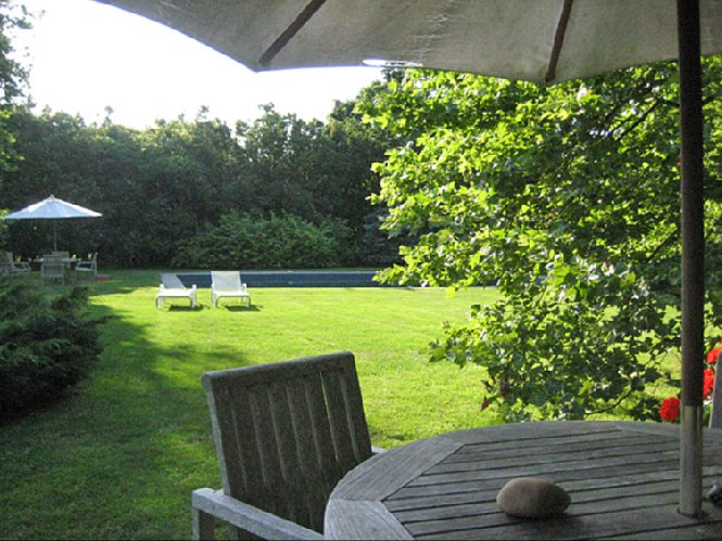 Additional photo for property listing at South Of The Highway In Bridgehampton  Bridgehampton, New York
