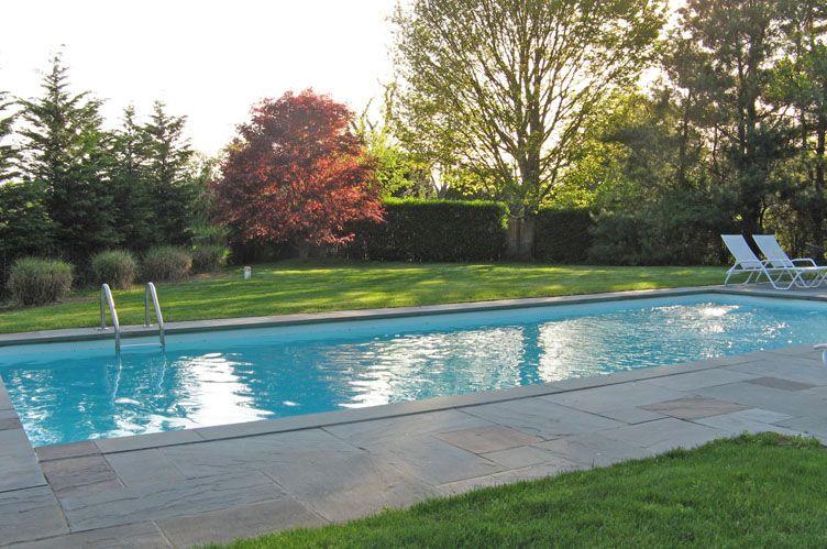 Additional photo for property listing at Charming And Convenient  Bridgehampton, Nueva York